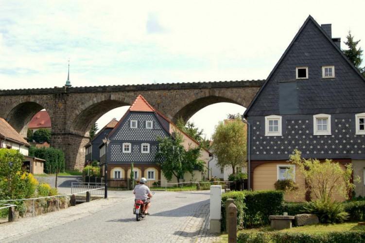 Obercunnersdorf, Blick zum Viadukt