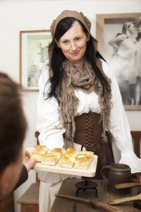 frischgebackener Zuckerkuchen im Museum Wassermühle zur Kulinarischen Führung (Foto: David Rieger Redok ART)